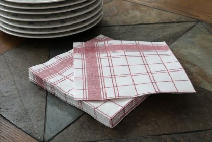 SimuLinen Gallery White and Red Plaid Dinner Napkin